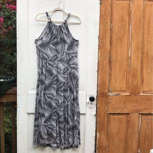 Gap gray and white dress Size Large